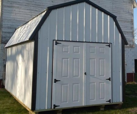 Lofted storage barn with metal siding