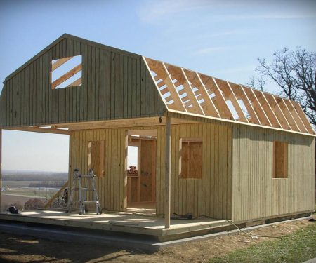 building a Lofted Cabin