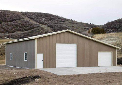 Garages--barns-071