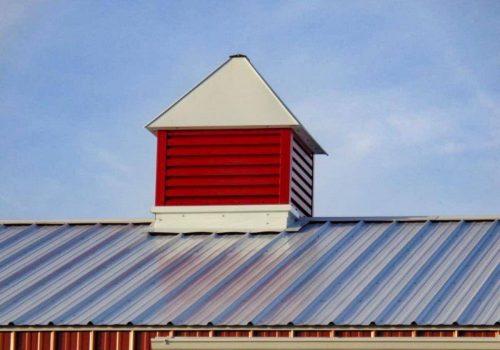Garages--barns-107