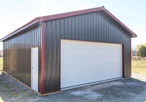 Garages--barns-131