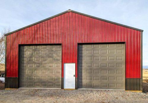 Garages--barns-132