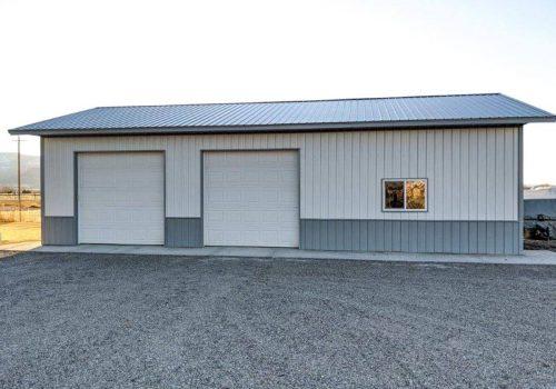 Garages--barns-135