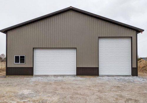 Garages--barns-136